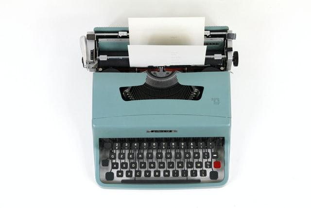 hire website copywriter